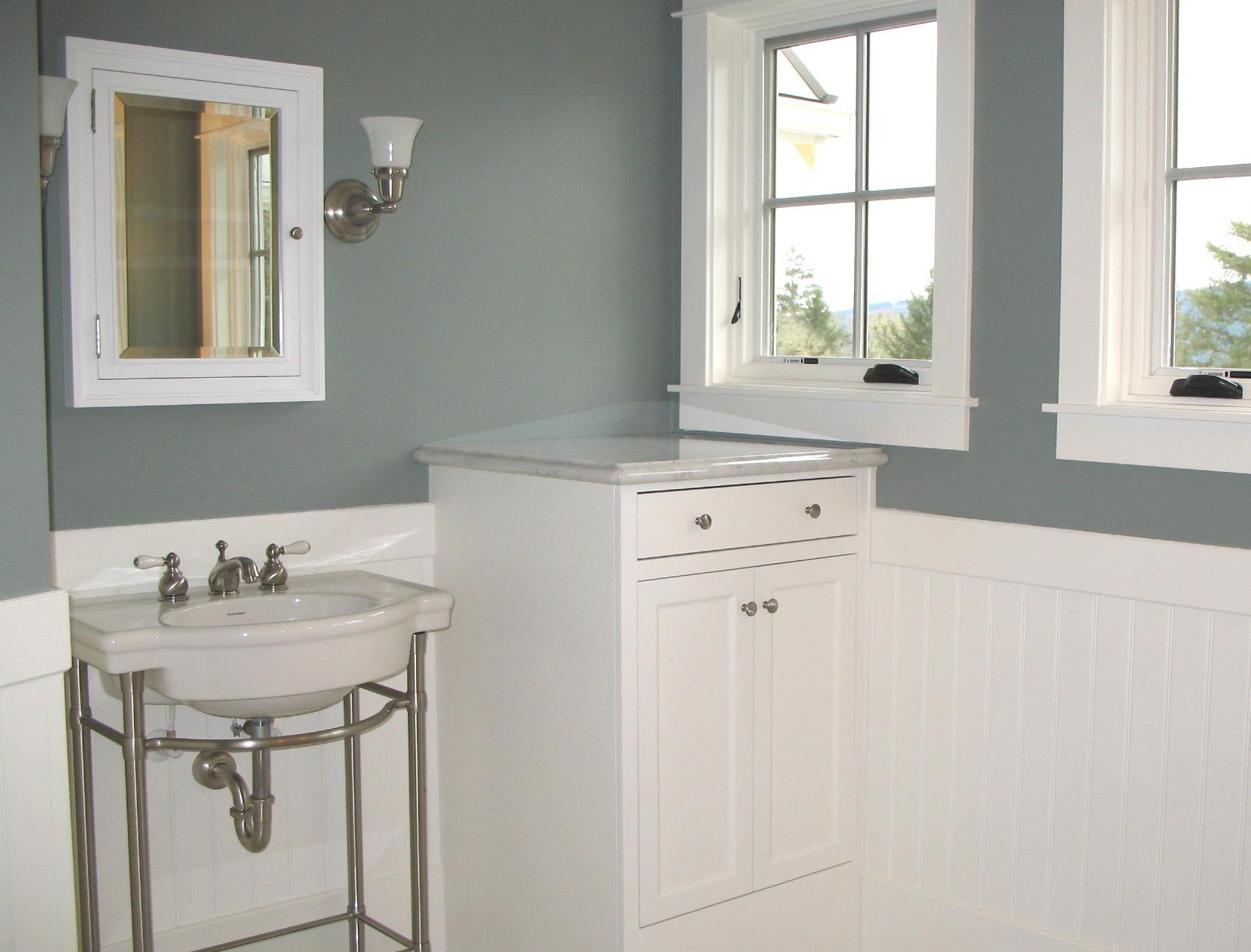 Puget Sound White Regent Cabinet